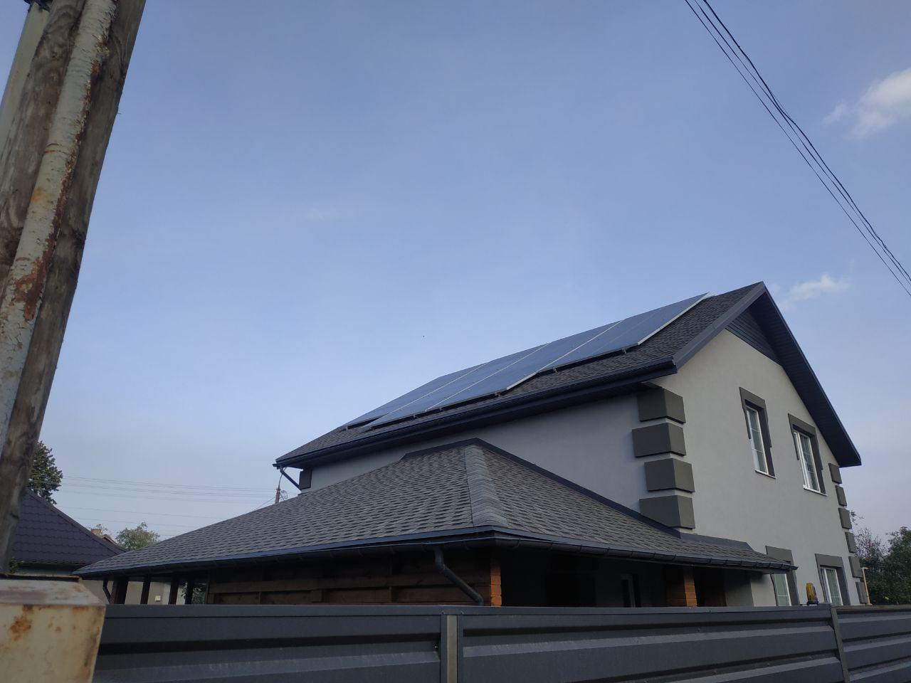 Командой Solar Garden были реализованы Автономные солнечные станции: для частного дома, а также для складских помещений 1