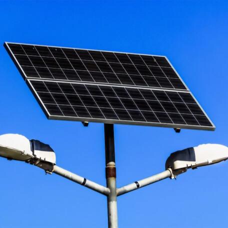 Комплект автономного вуличного освітлення Комплект вуличного освітлення на сонячних батареях на 80 Вт